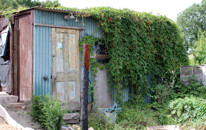 Studio improvements part 3 learning to build with straw for Straw bale house cost calculator