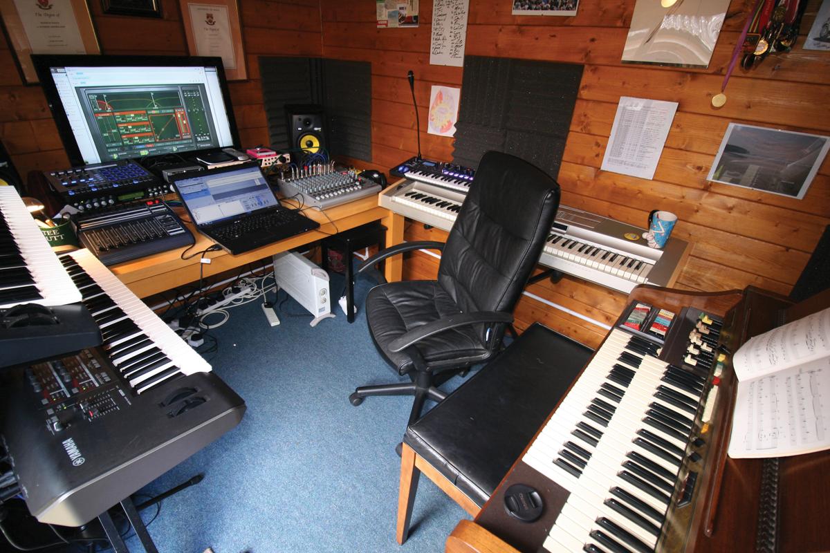 Amazing Studio