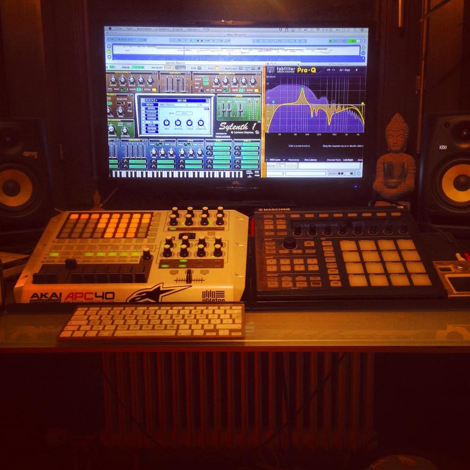 Studio Life 4