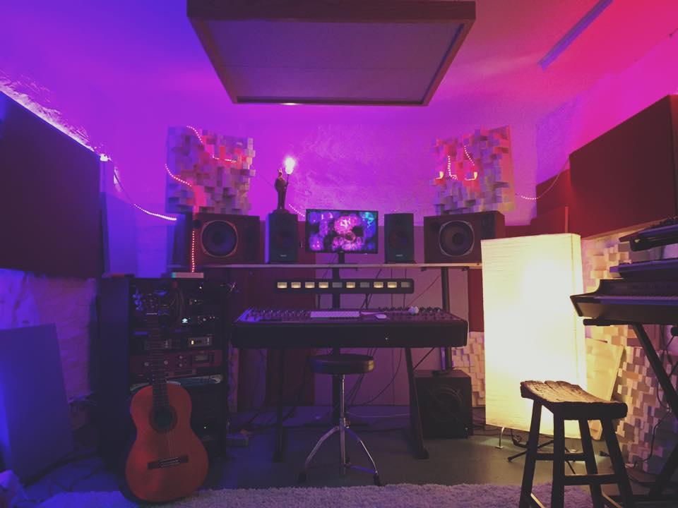 quiet nothning studios erik rex