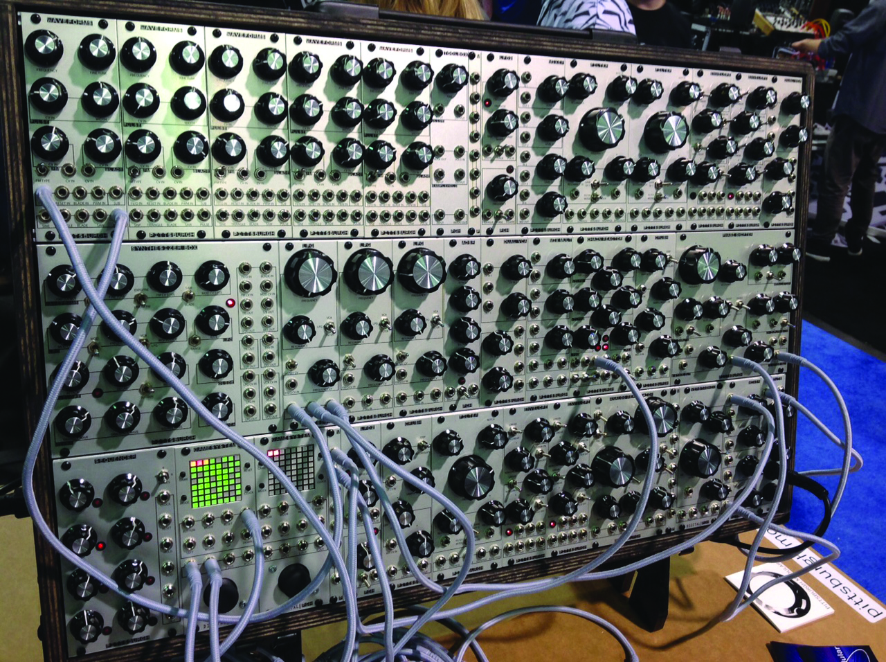 modular synth masterclass build your own. Black Bedroom Furniture Sets. Home Design Ideas