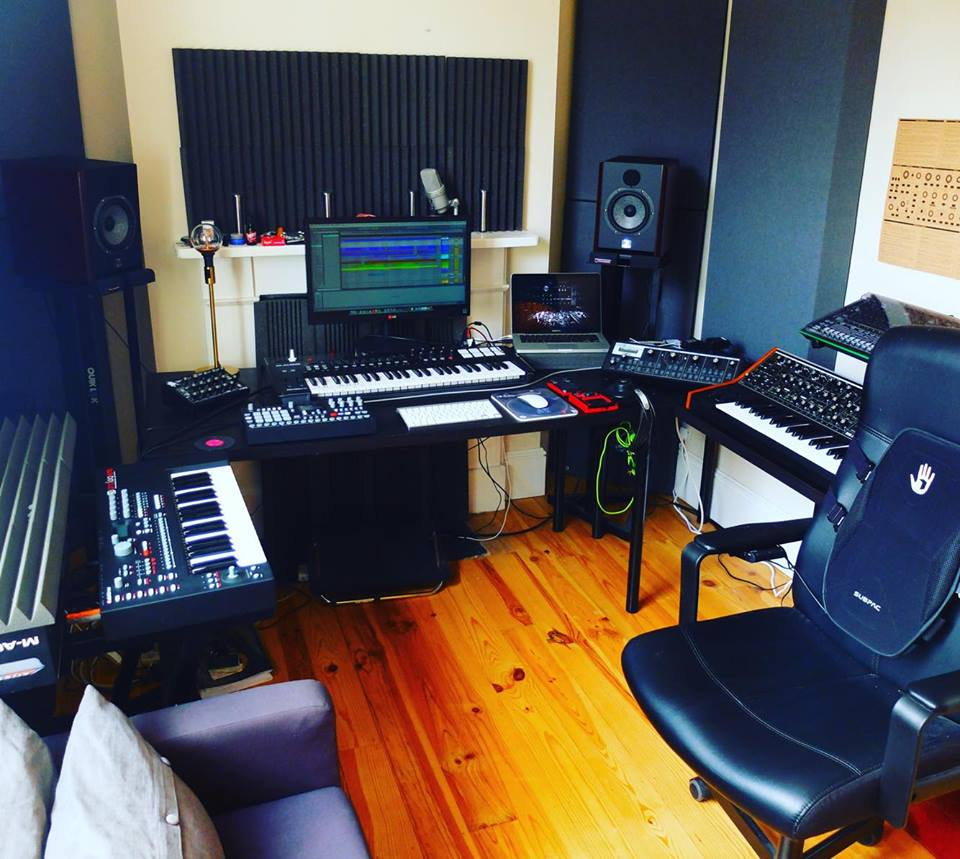 Strange Show Off Your Studio Weekly Roundup 28 Musictech Net Largest Home Design Picture Inspirations Pitcheantrous