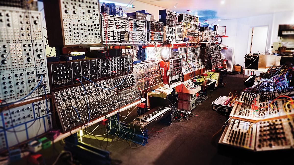 Show Off Your Studio - Modular Heaven