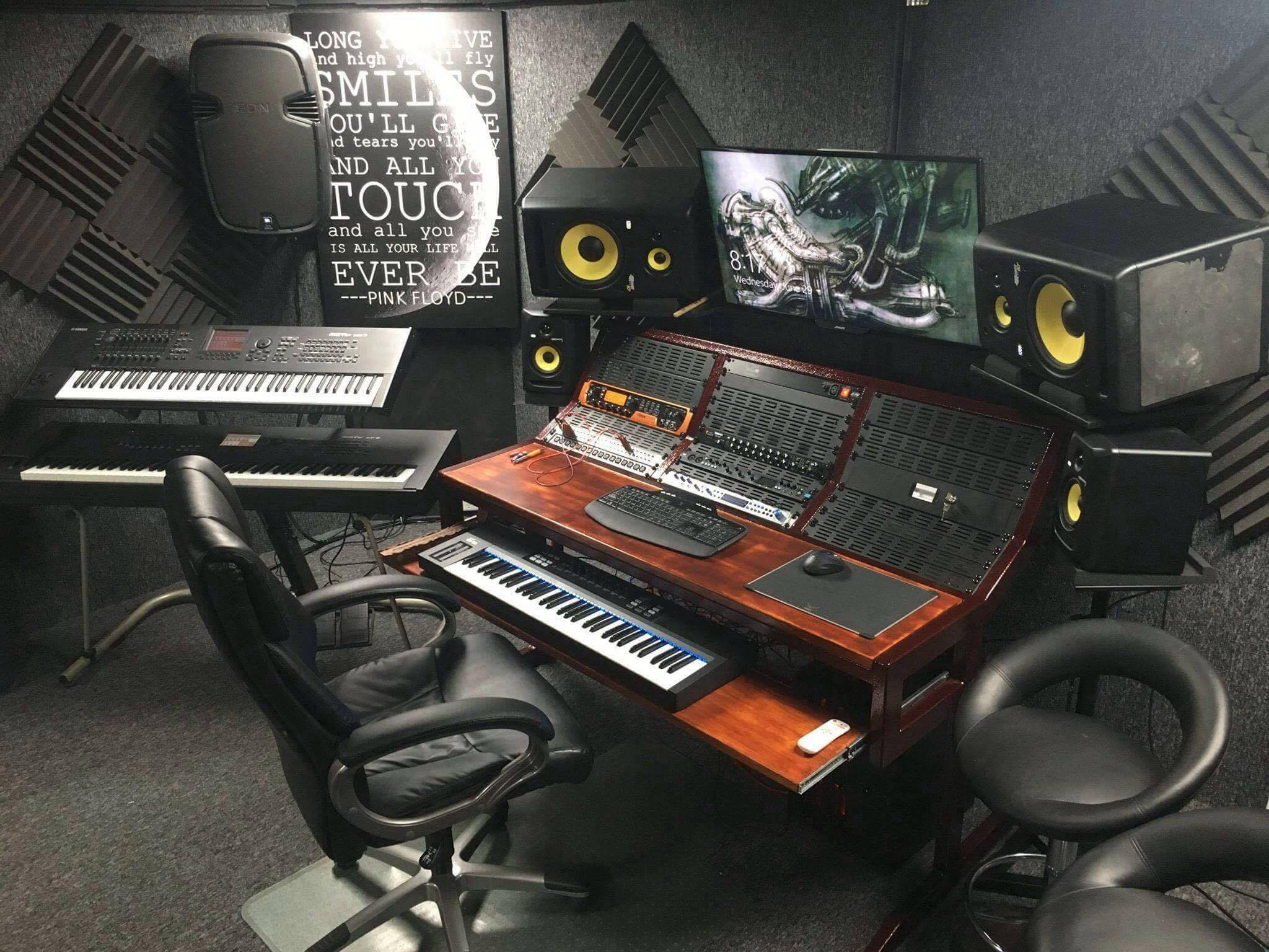 Fantastic Studio 7