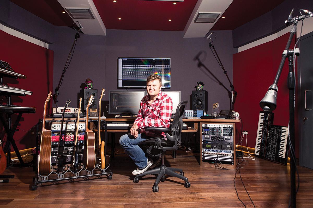 Spitfire Audio Studio