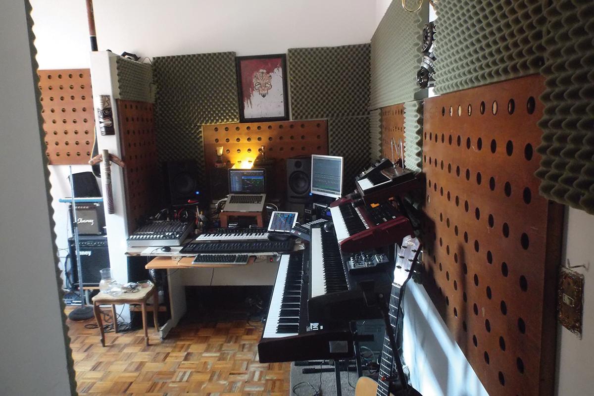 Haken Studio 2nd Image