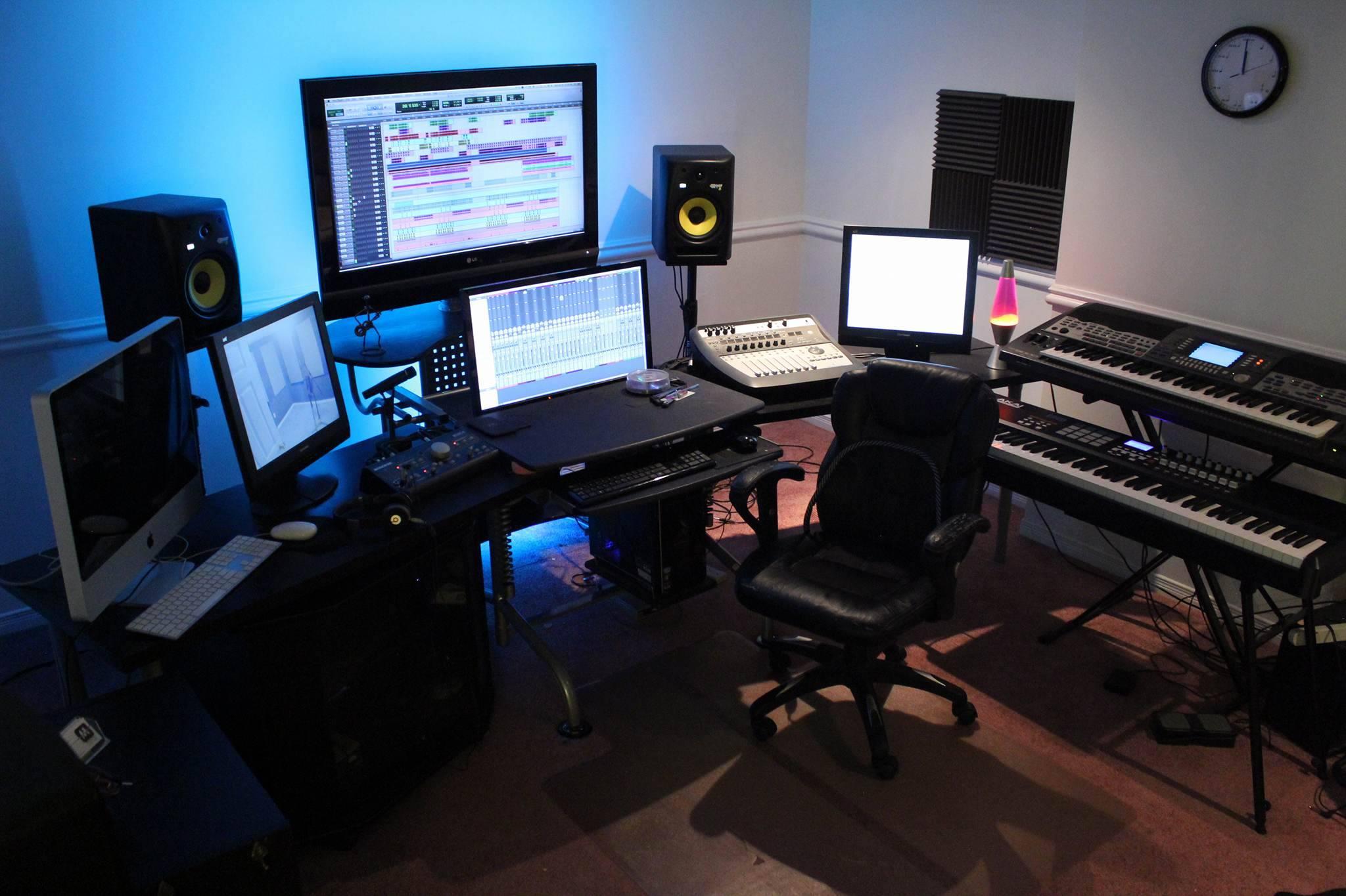extraordinary studios aplenty