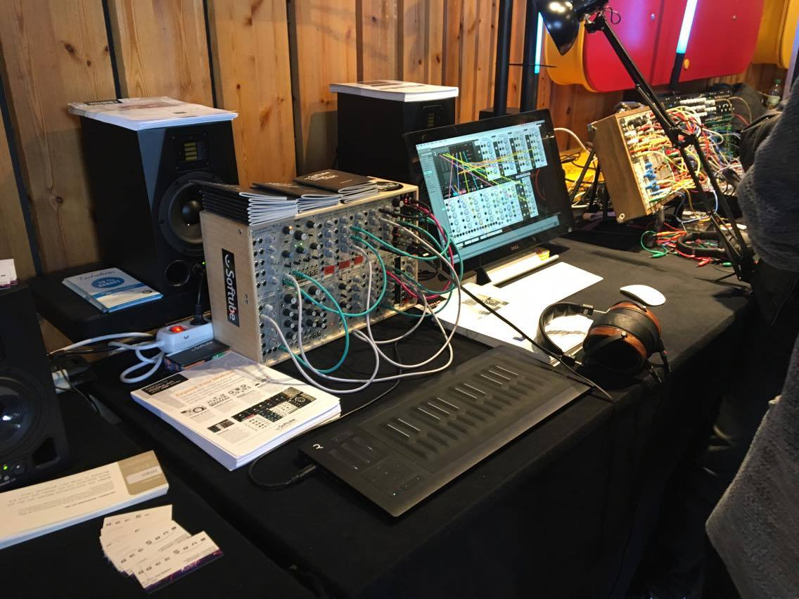 superbooth day one gallery