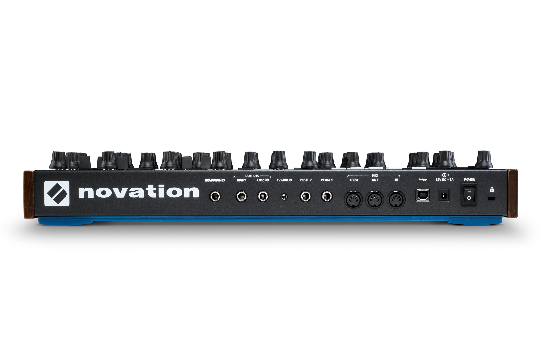 peak polyphonic synthesiser