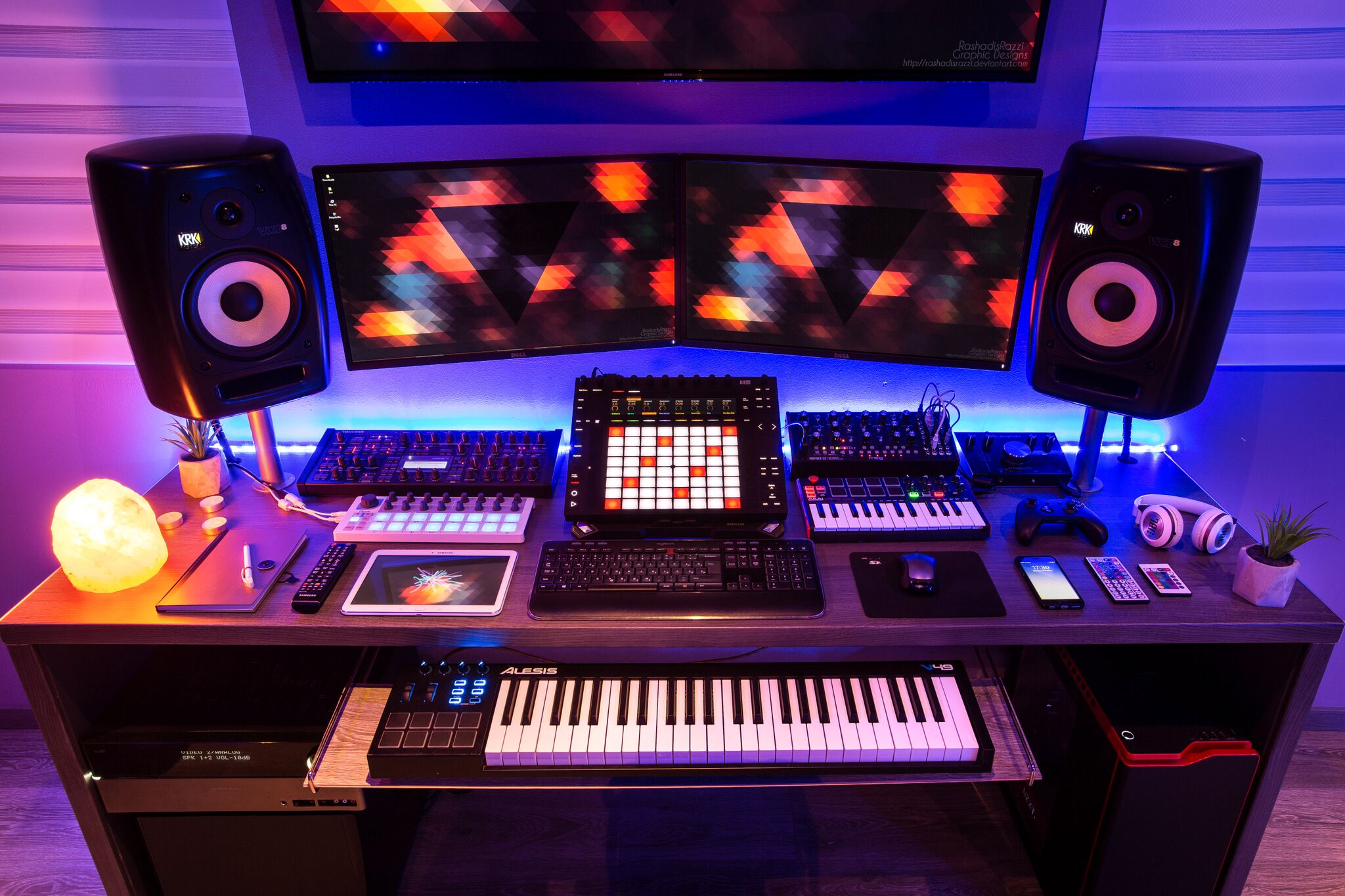 Show Off Your Studio - Your Most Striking Studios