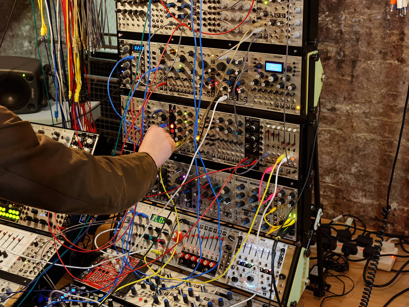 Live performance buyer's guide modular