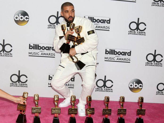 Drake at the Billboard Awards 2017