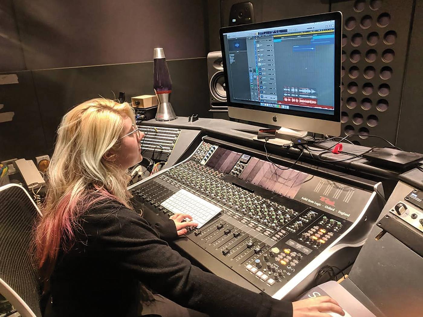 Laura Deakin Davies in the studio