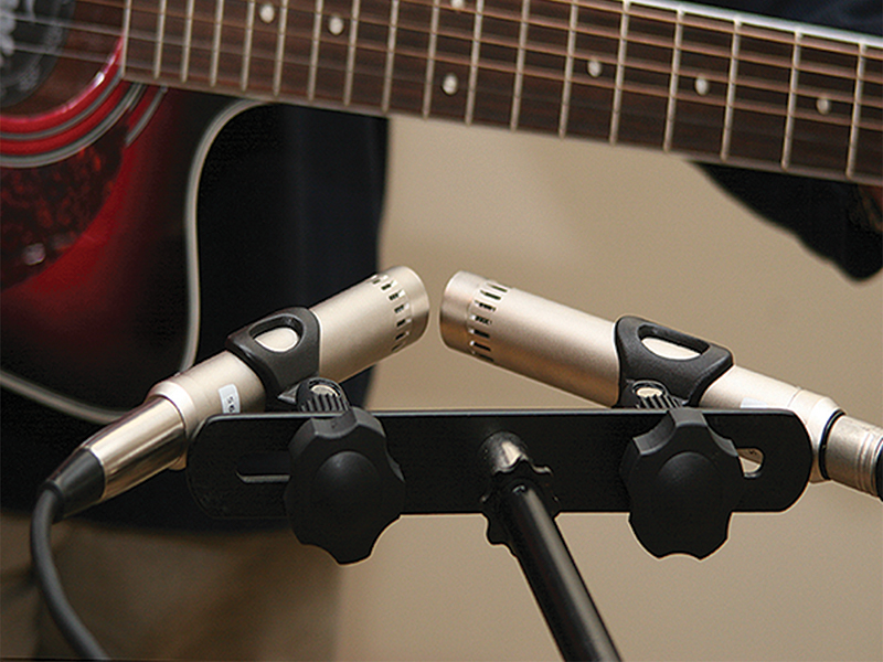 10 Tips On Recording Guitars