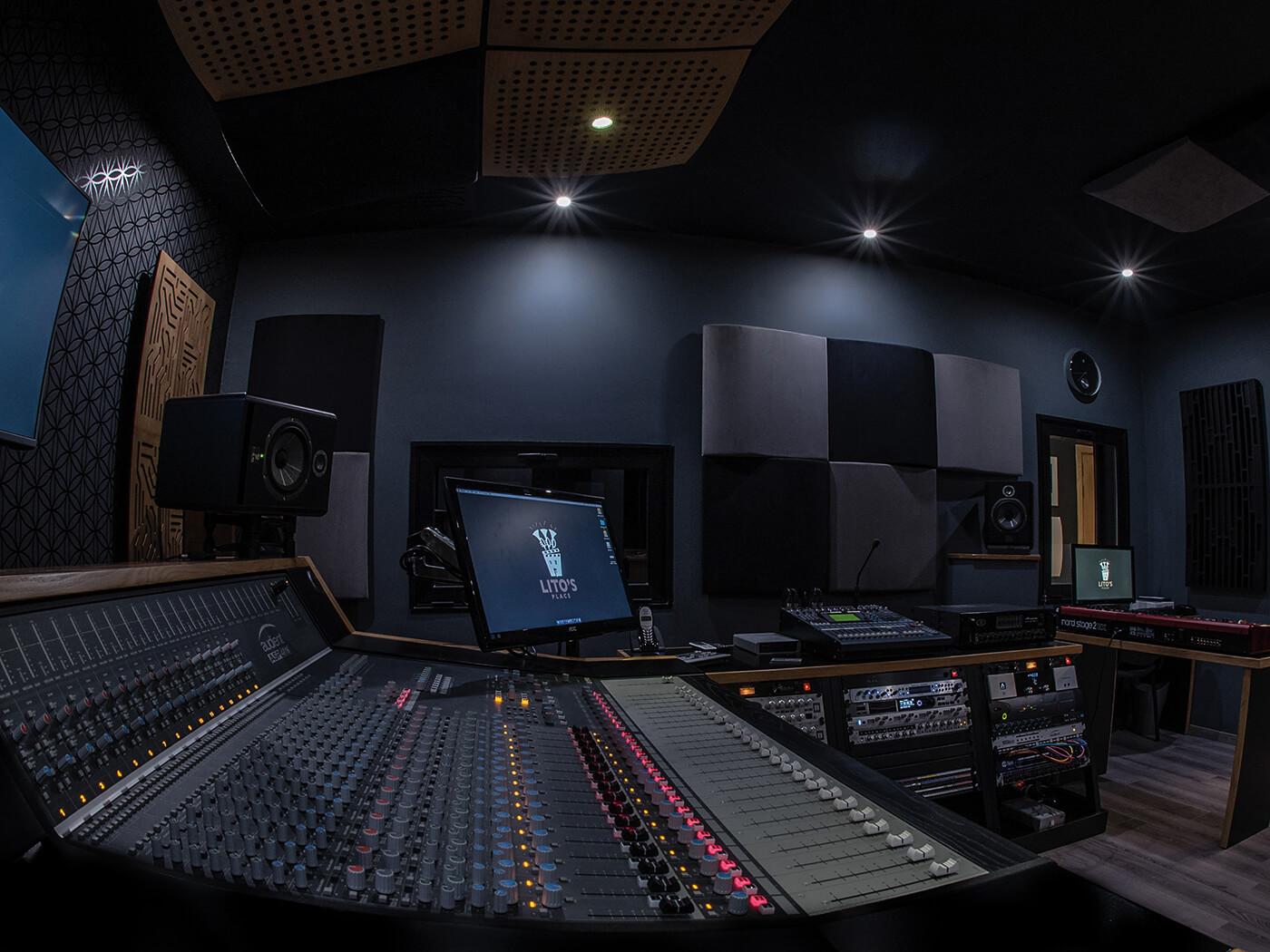Studio Interviews: Manolito Galea