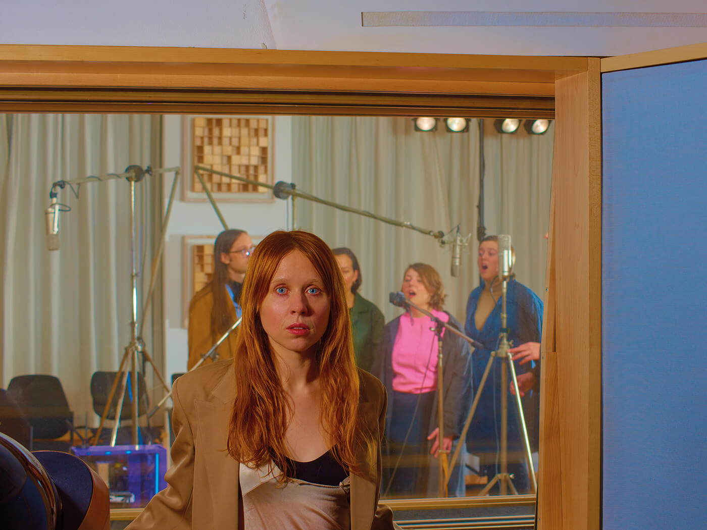 "Holly Herndon thinks electronic music should sound like it's ""alive and breathing"""