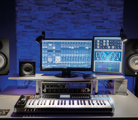 Show Off Your Studio, Mike Lowe
