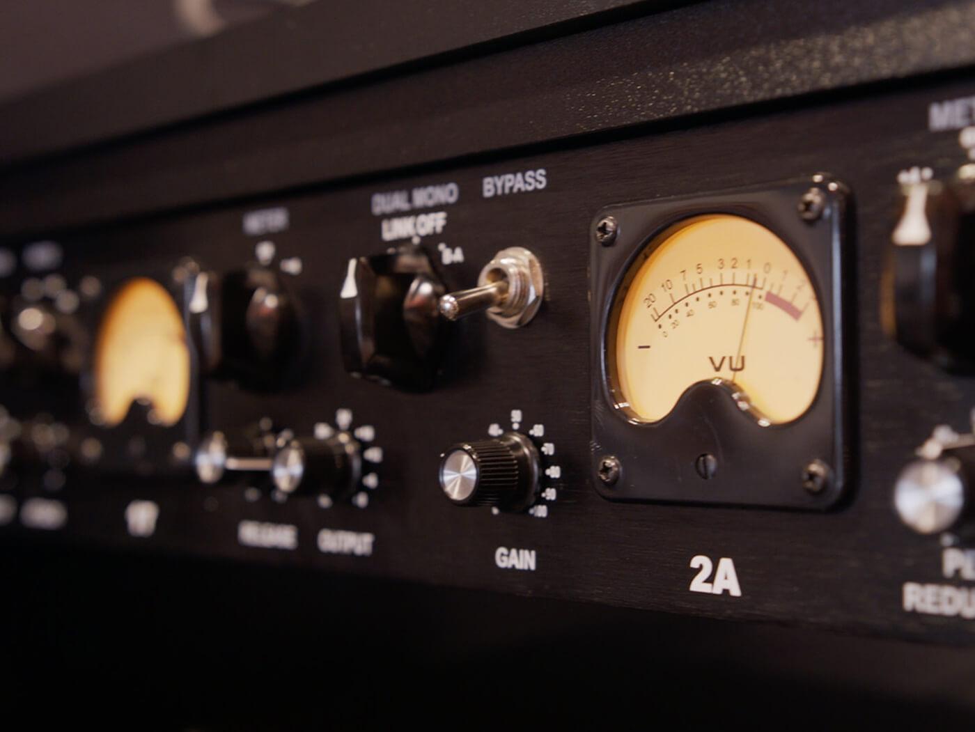 Summer NAMM 2019 Video: Black Lion Audio's B172A rack unit combines an 1176 and a LA-2A