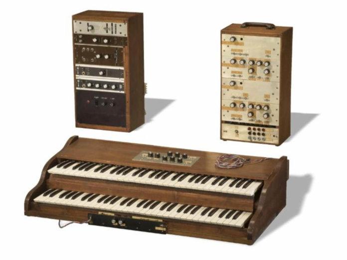 Bob Moog prototype synth