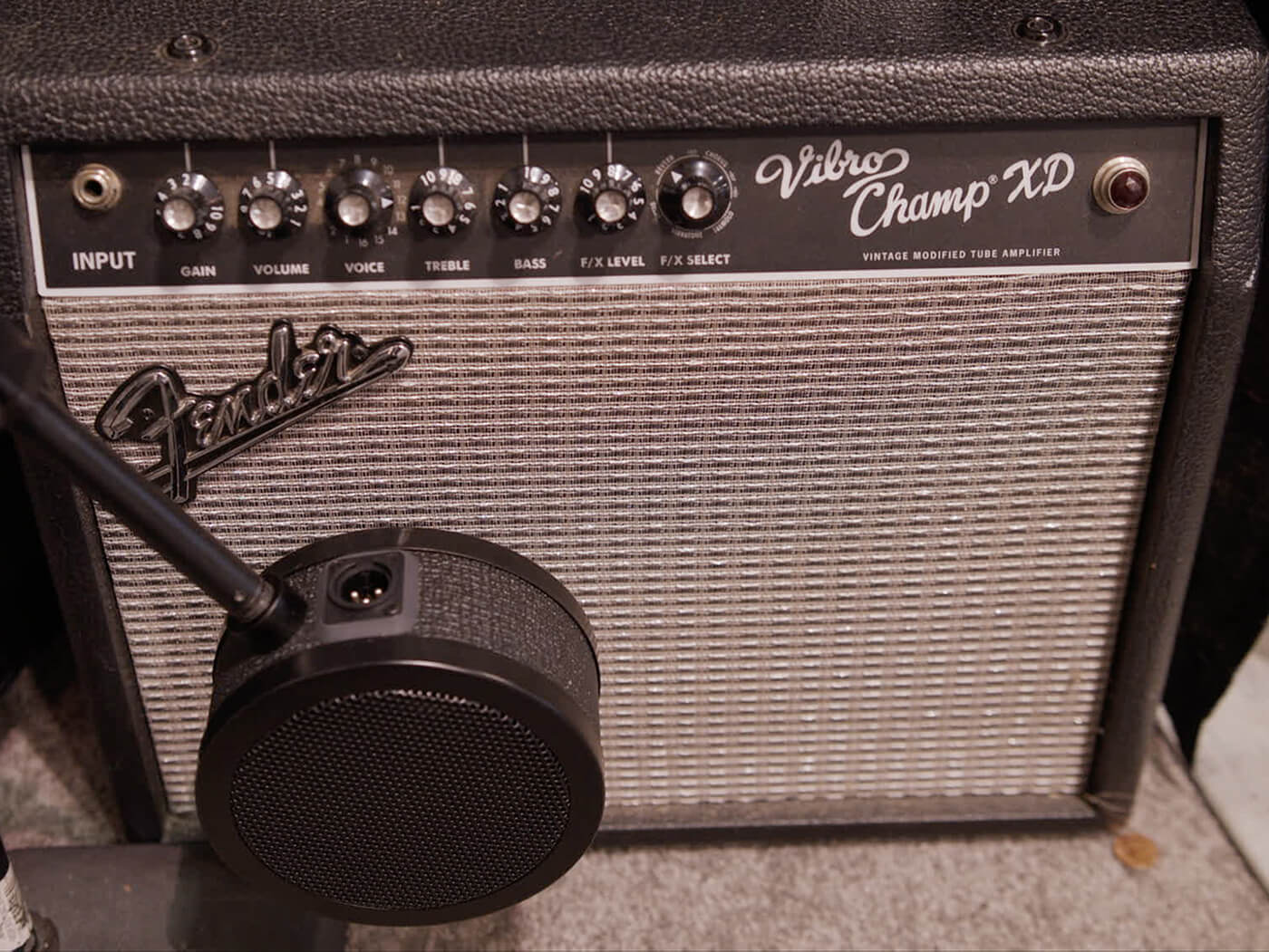 Summer NAMM 2019 Video: Solomon Design aims for thick guitars with MidFreq mic