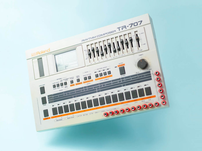 Roland TR-707, history of drum machine
