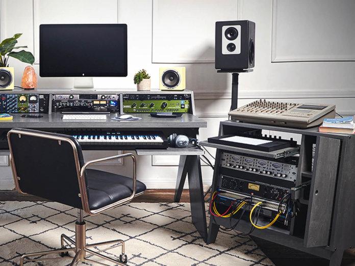 Output Studio Furniture 1400x1050
