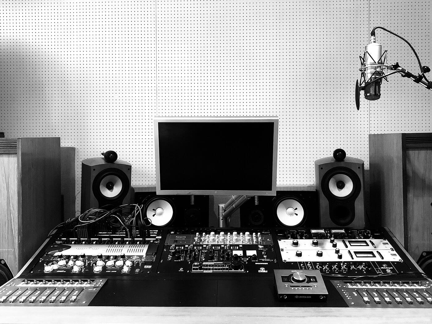 Steve Mackey's studio