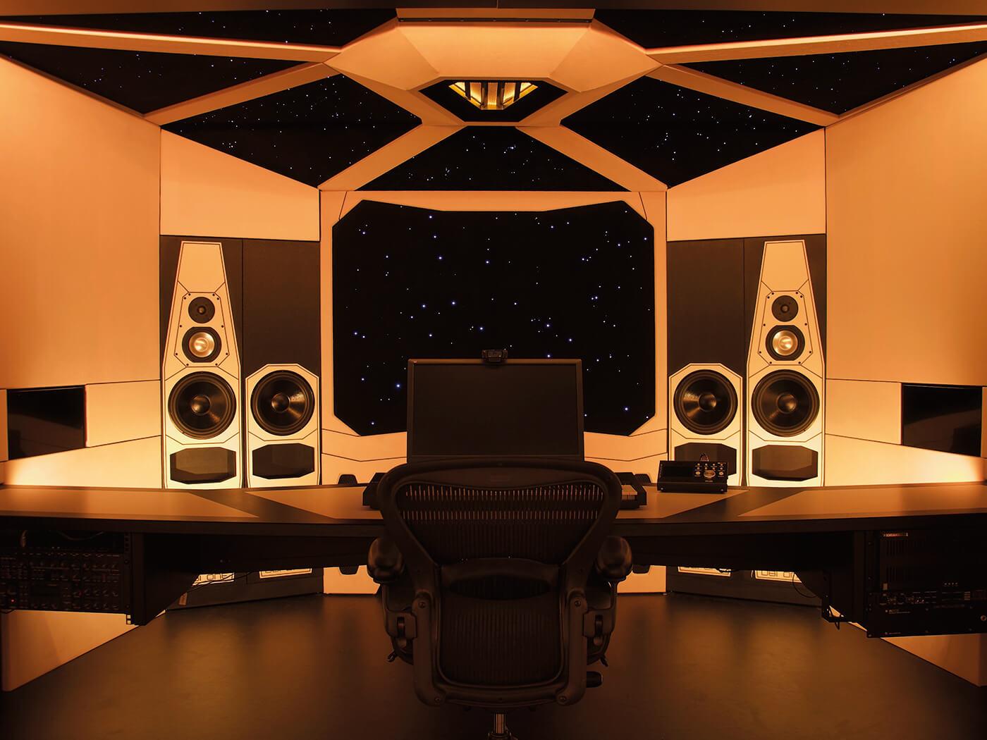 Maarten Vorwerk Studio Desk