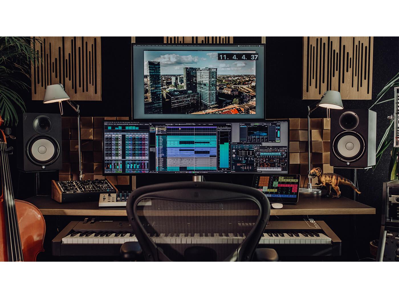 Cubase 10.5 studio shot