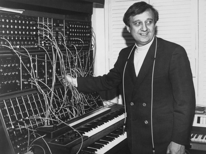 Gershon Kingsley with a Moog modular synthesizer