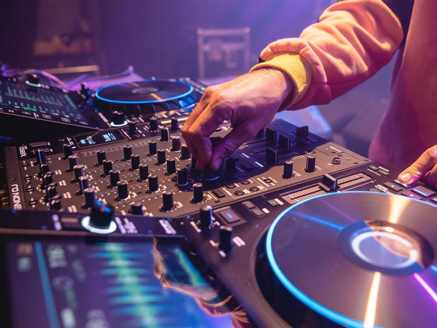 Denon DJ Prime Action