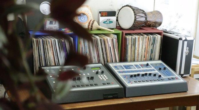 Goldbaby SP1200 studio shot