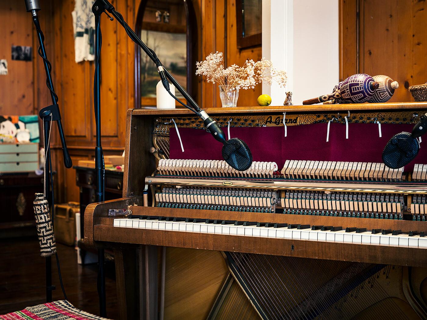 Oliver Patrice Weder Studio
