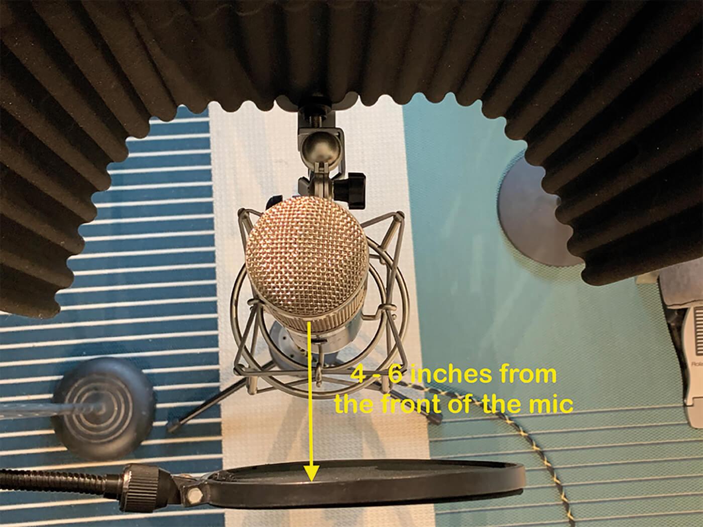 MT207 Studio One Recording Vocals 3