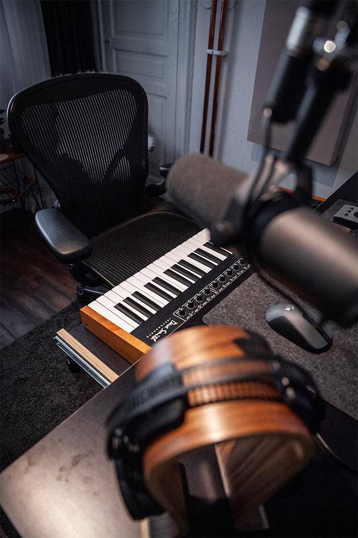 Tobtok Show Off Your Studio