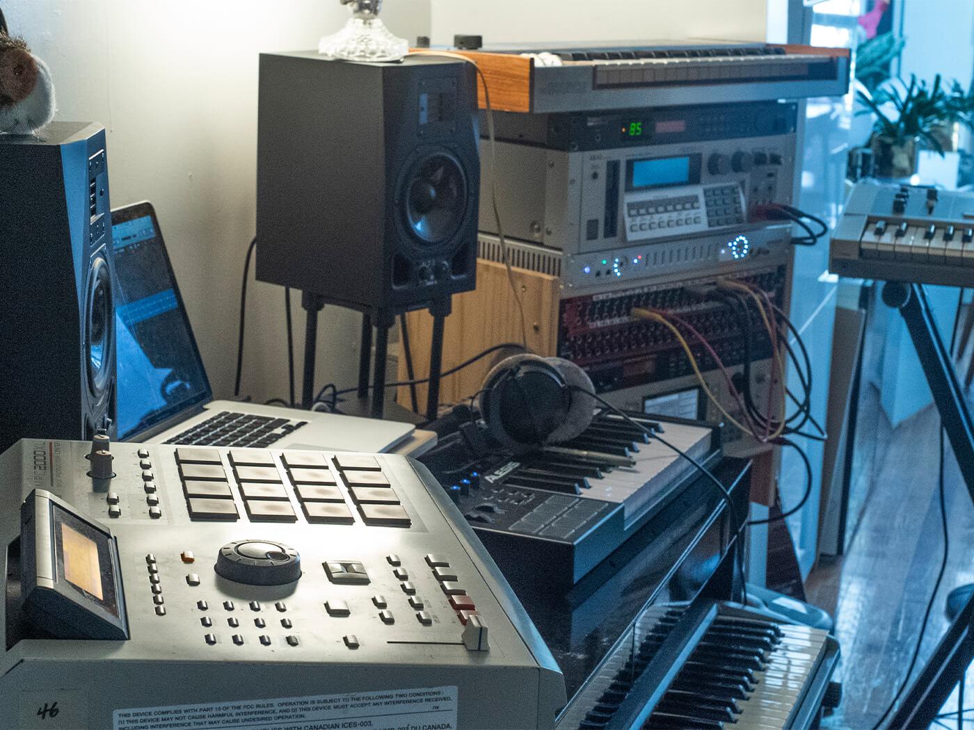 NZCA Lines studio