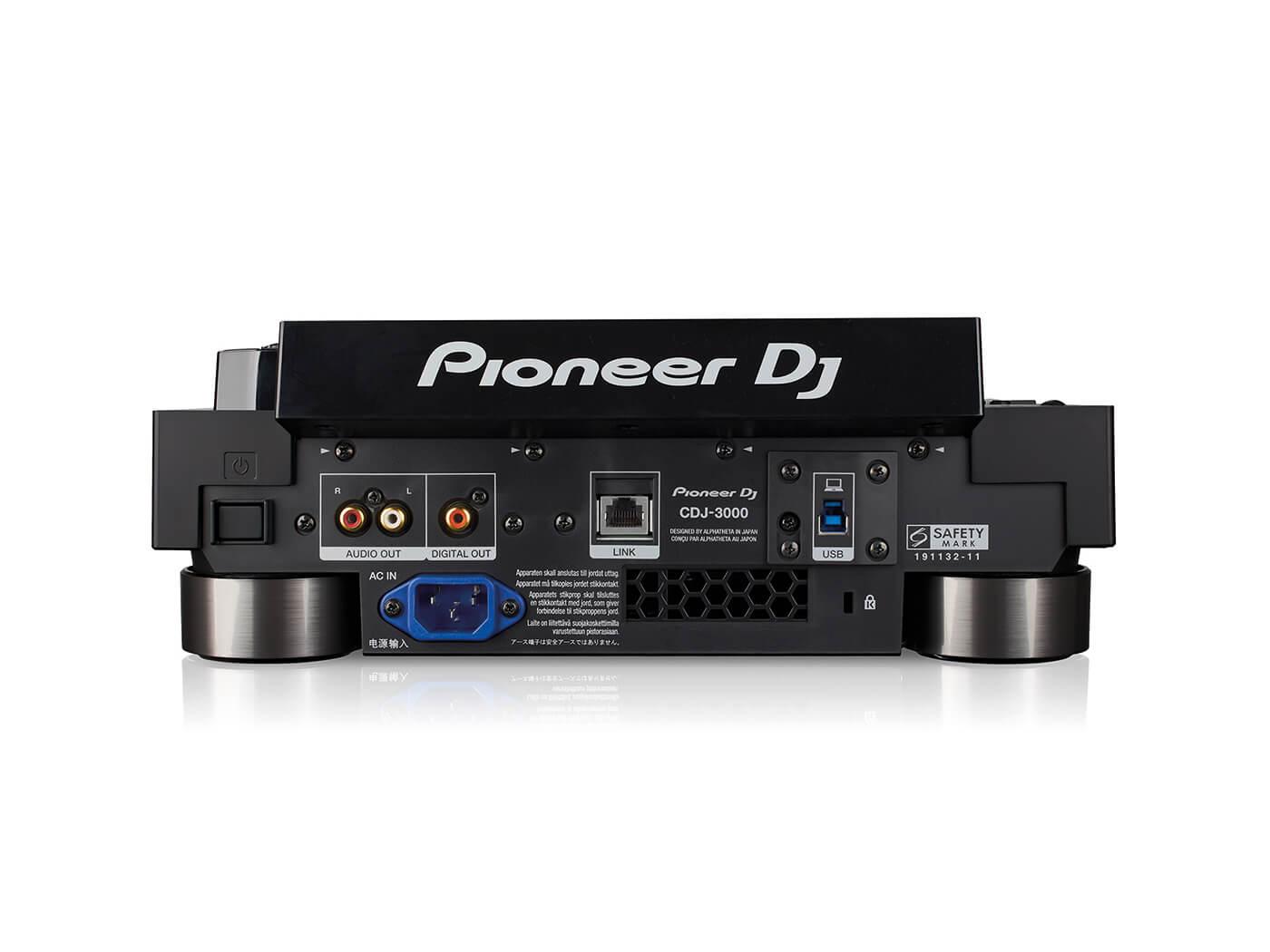 CDJ 3000 BACK WHITE@1400x1050 - Pioneer CDJ-3000 Evaluate