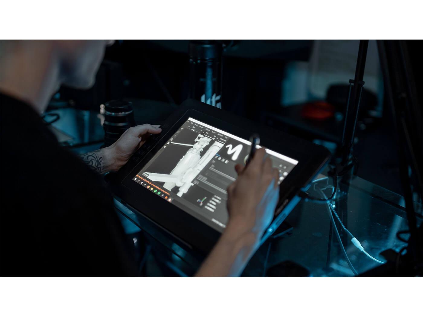 Levitate Studio Show Off Your Studio Tablet