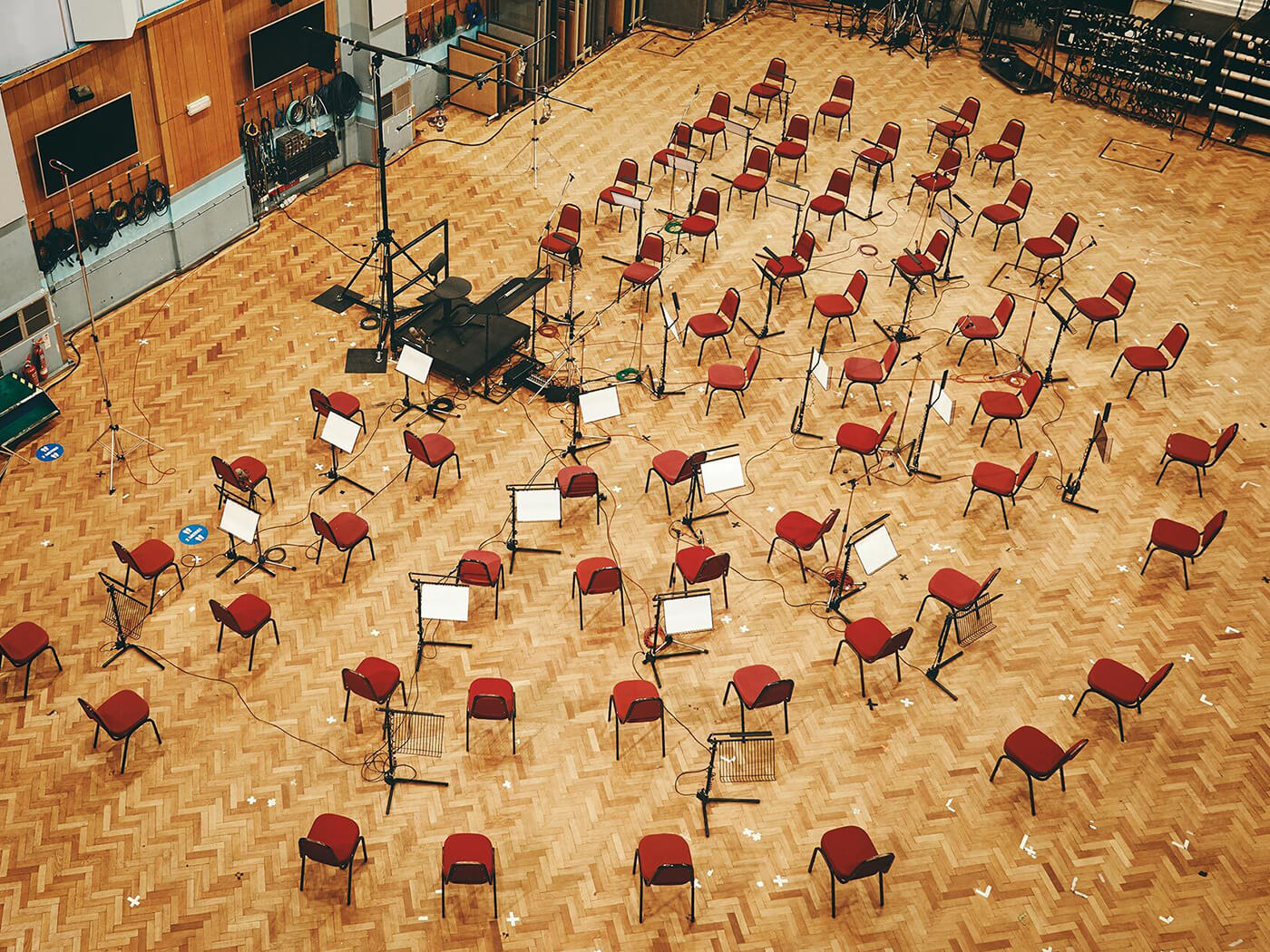 Spitfire Audio Abbey Road One Chairs