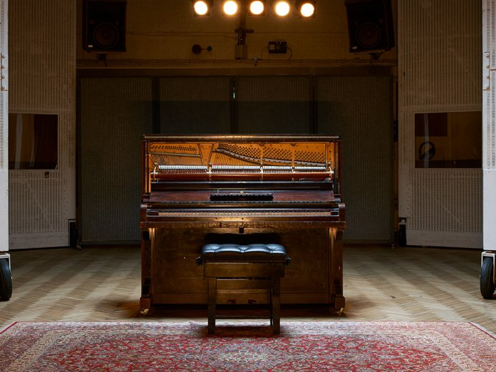 Spitfire Audio Mrs Mills Piano