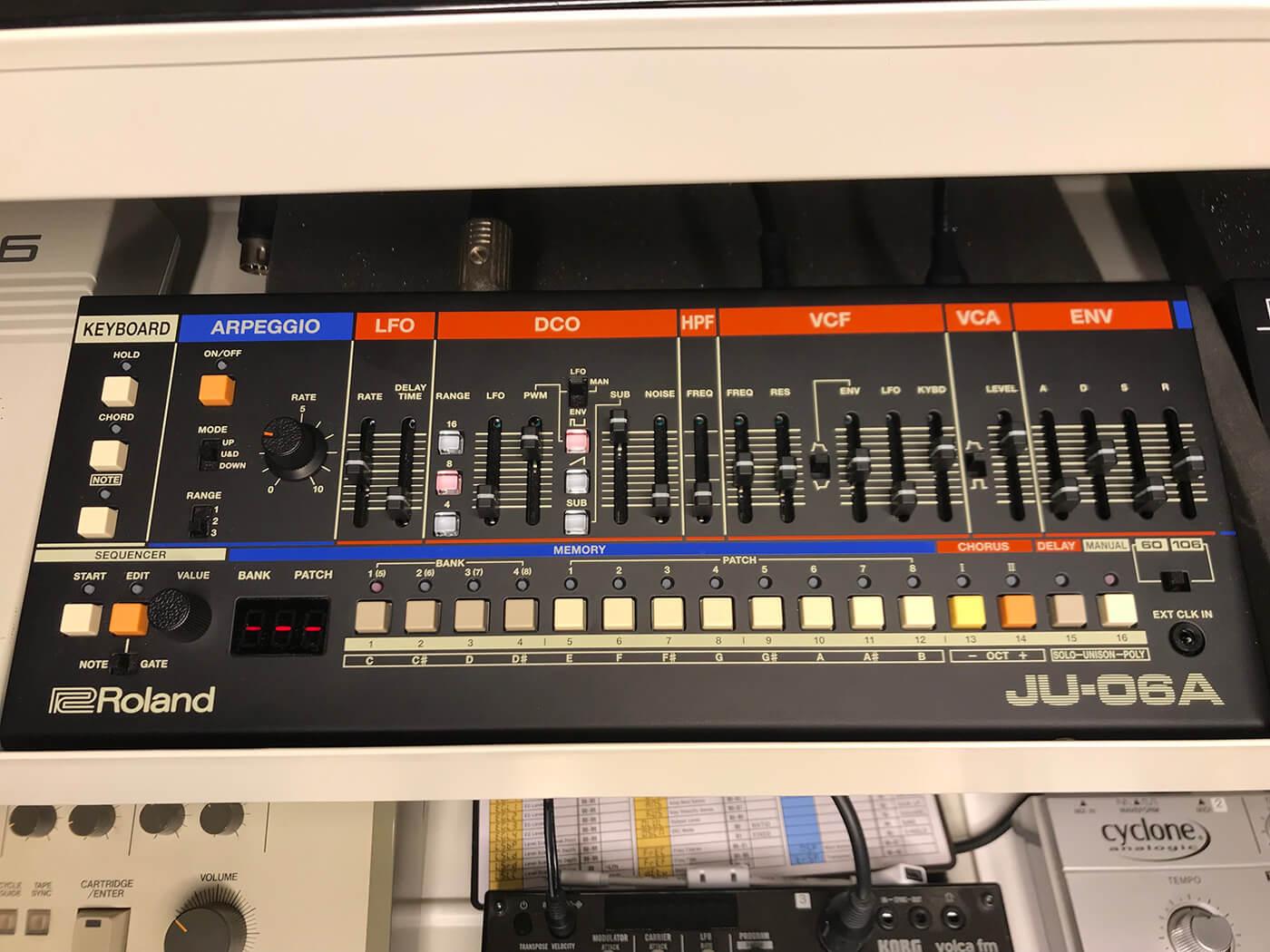 Martin Ikin's Roland JU 06A