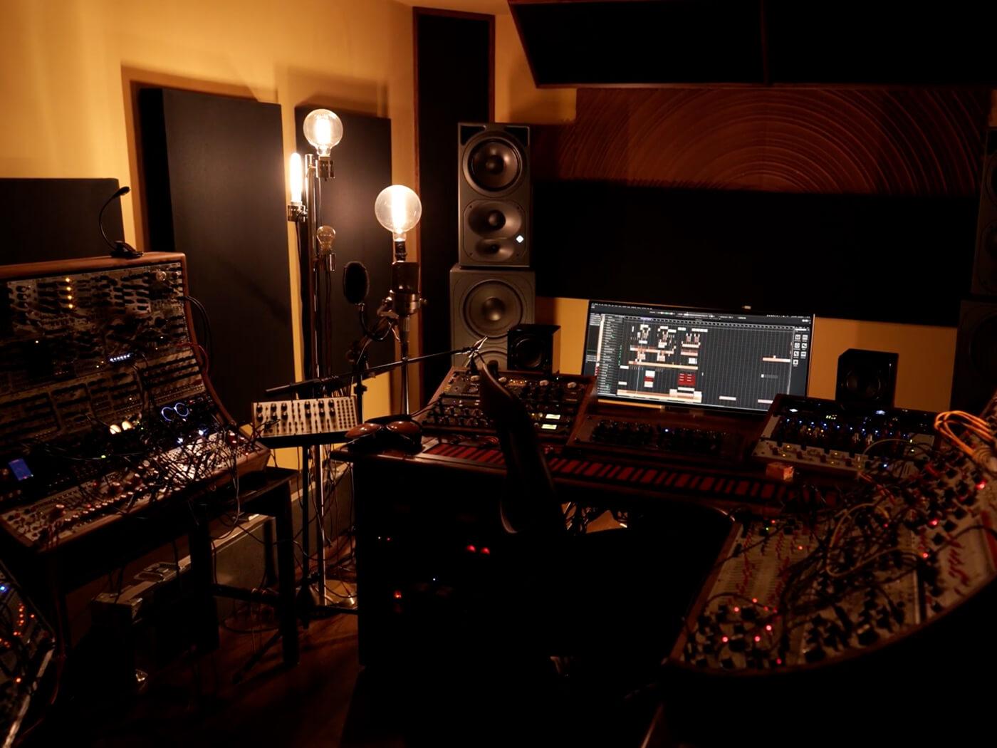 Amon Tobin Studio