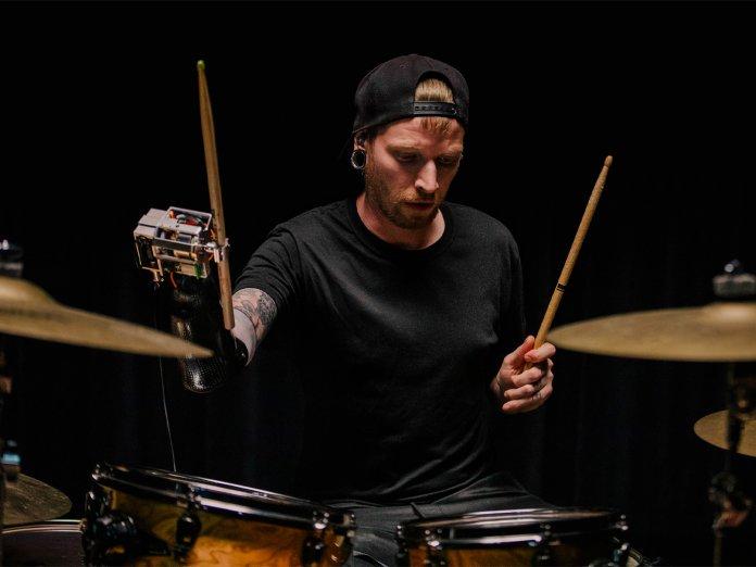 Jason Barnes drumming