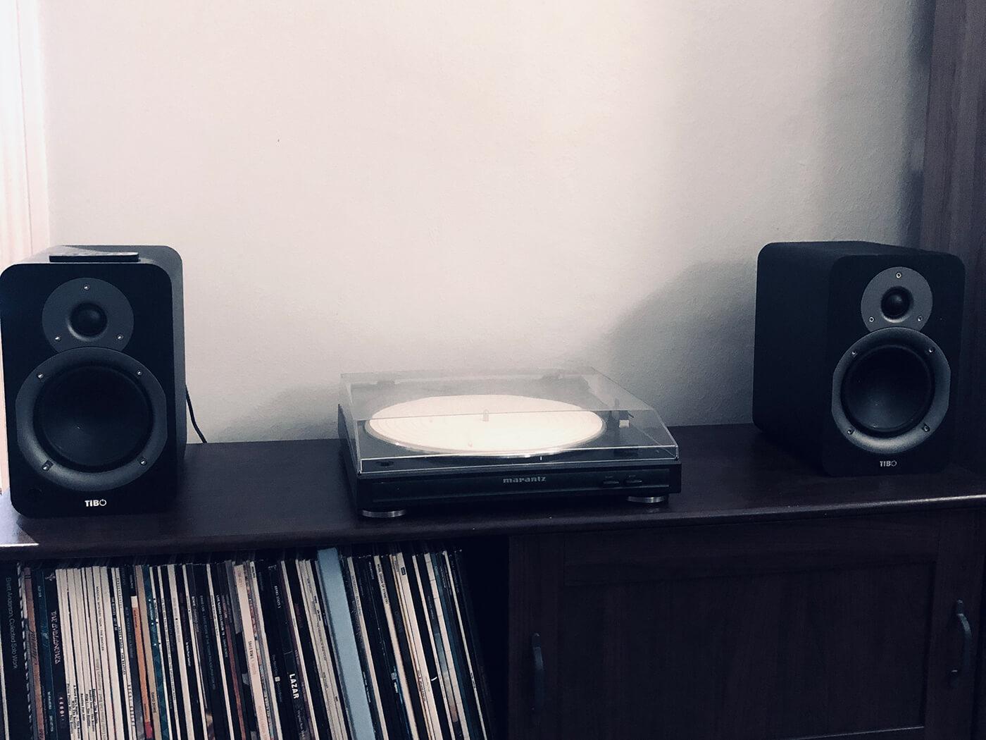 Powered Speaker Set Up