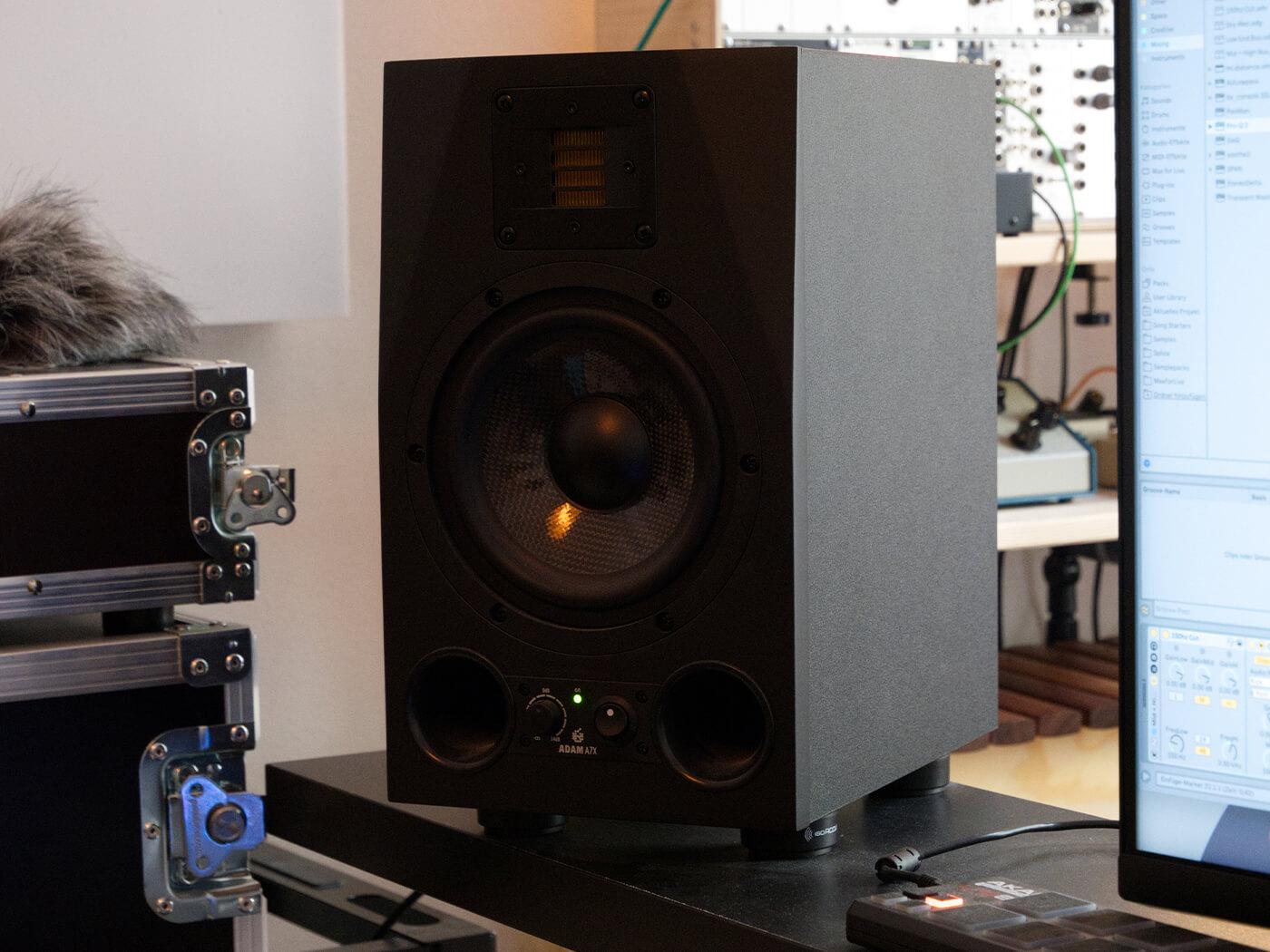 AK Studio