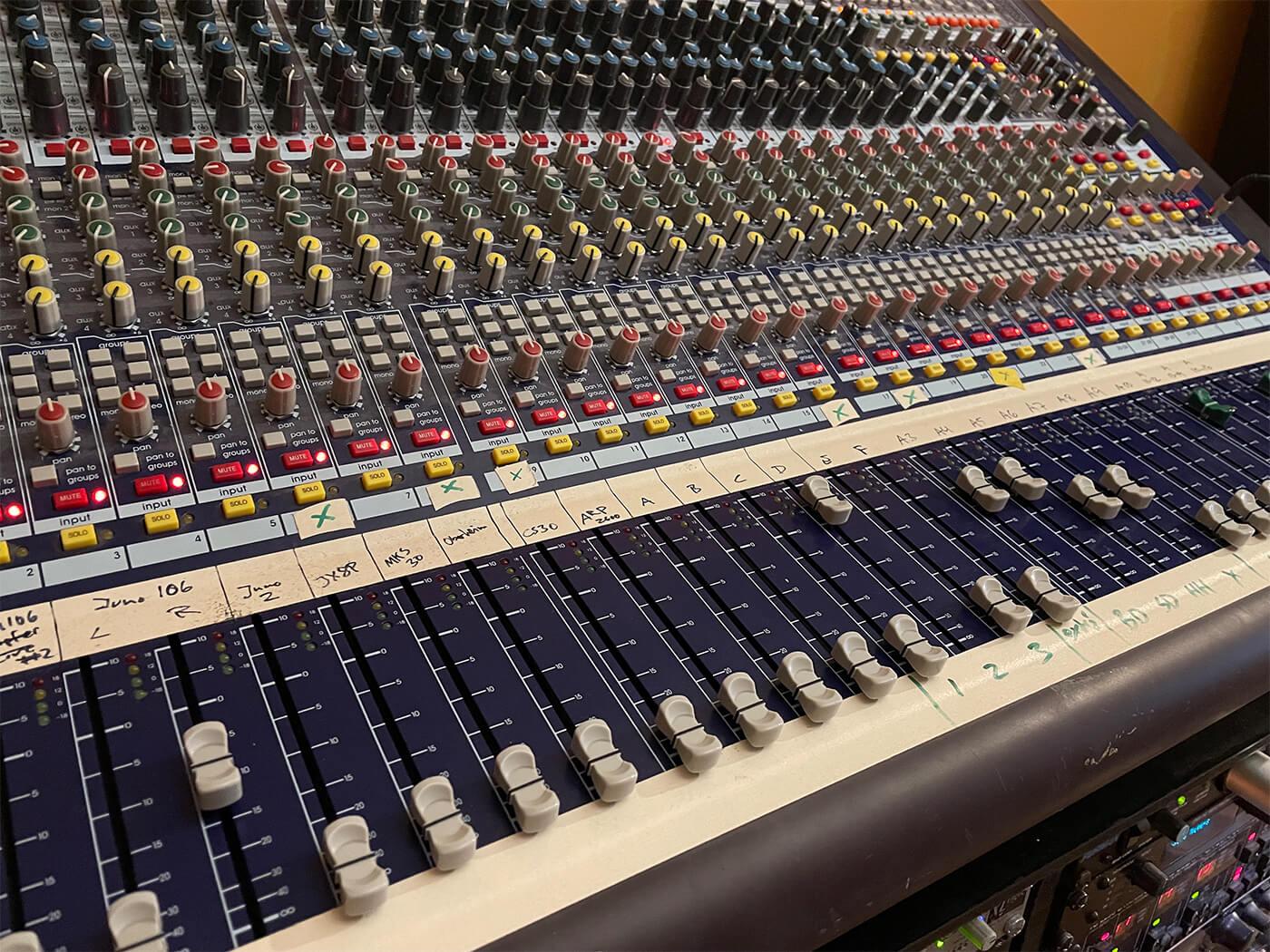 GusGus Studio