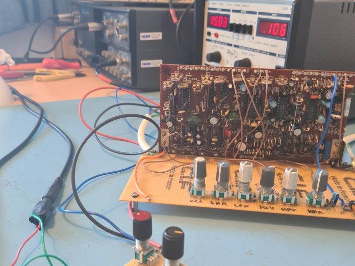 behringer ds 80 circuit