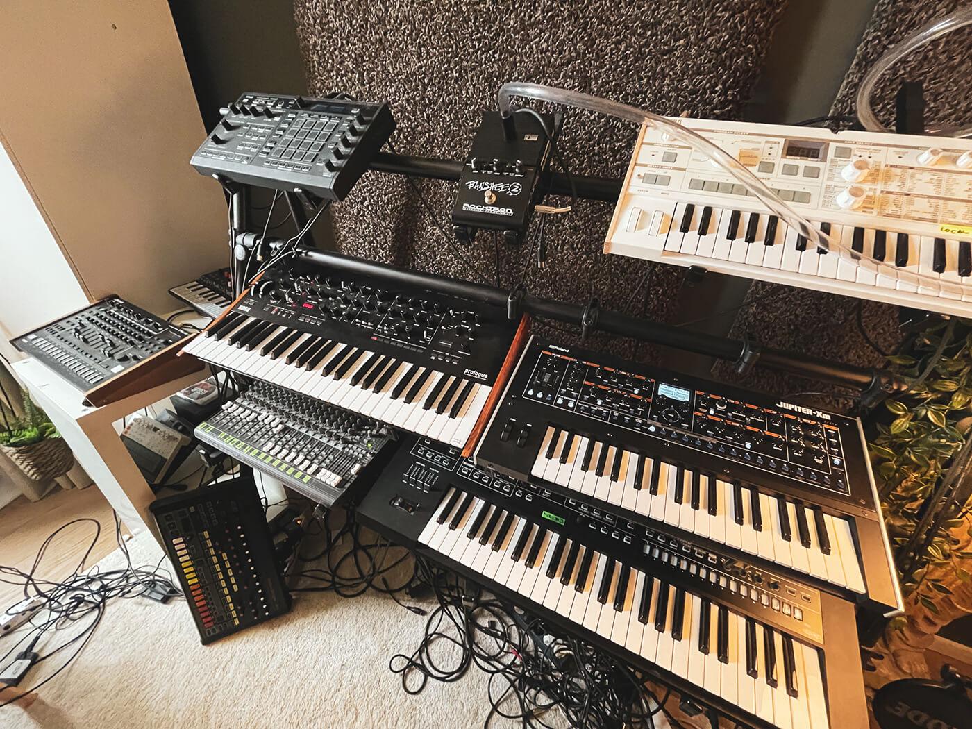 Demuja's Synth Setup