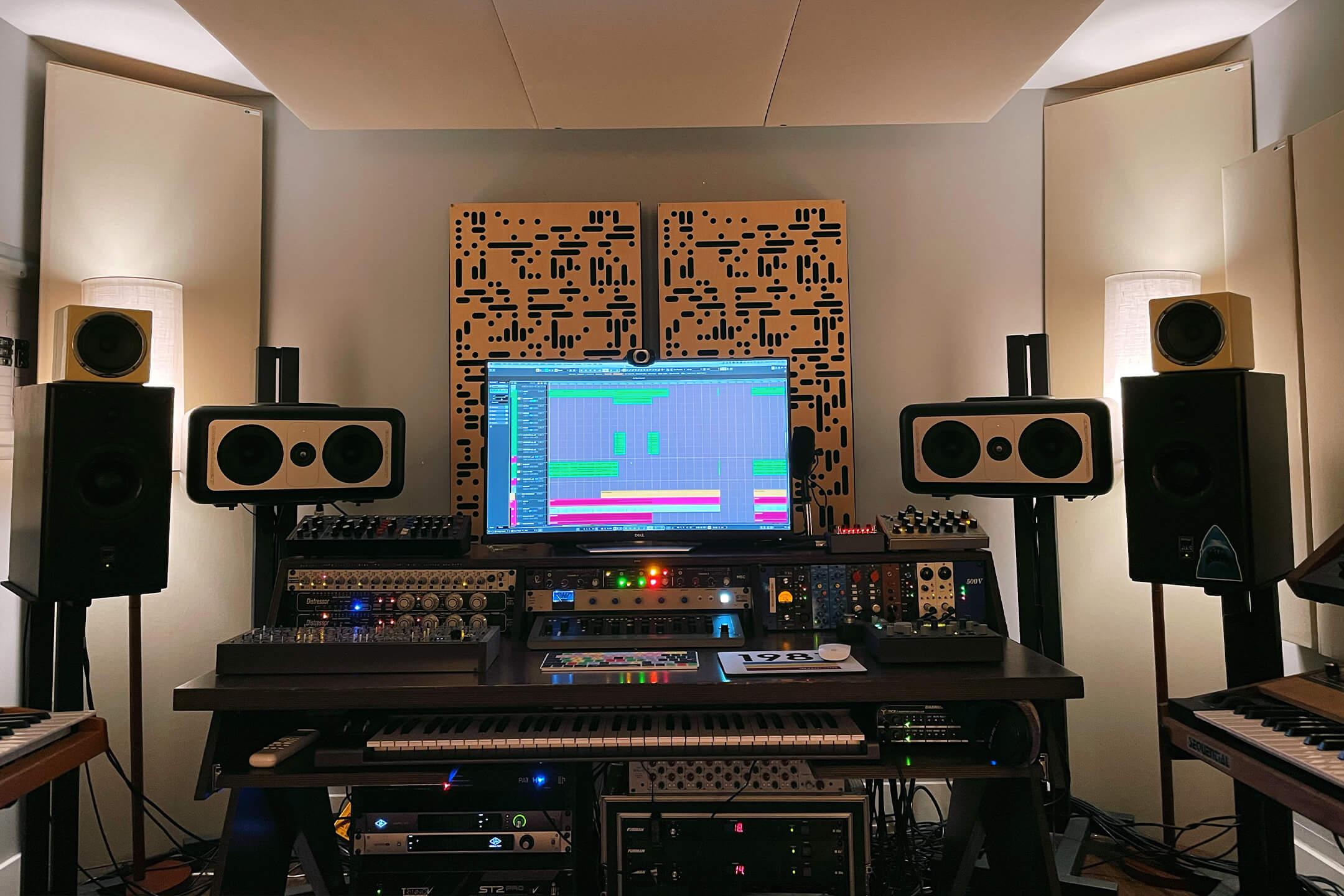 CHVCHES Martin Studio