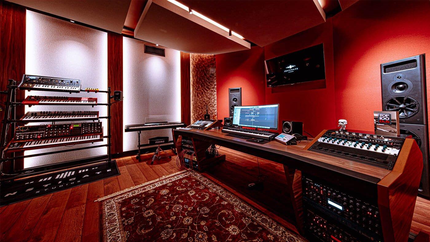 NICKY ROMERO STUDIO